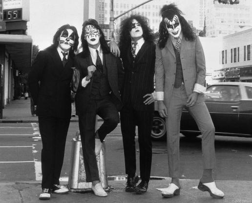 R-181_Kiss1974_Gruen